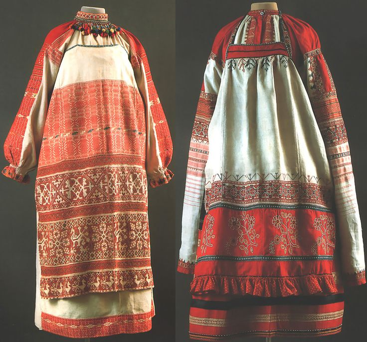 "Left: Maiden Ceremony, Kaluga Province., Kon.19v. - Shirt, apron, ""the curtain of the Vistula"" nagrudoe decoration-""collar""   Right: Women's Ceremony, Ryazan Province. 2 pol.19v. - Shirt-""dlinnorukavka 'skirts, apron"