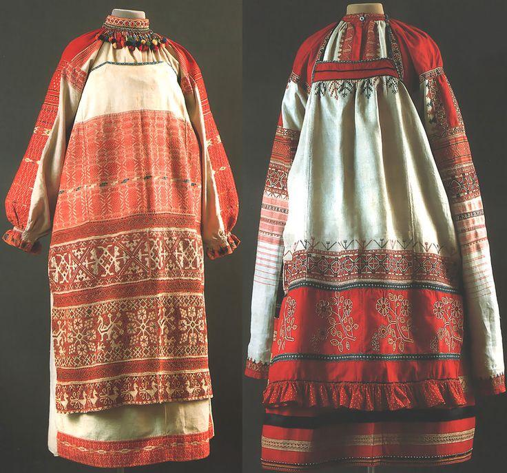 "Left: Maiden Ceremony, Kaluga Province., Kon.19v. - Shirt, apron, ""the curtain of the Vistula"" nagrudoe decoration-""collar""   Right: Women's Ceremony, Ryazan Province. 2 pol.19v. - Shirt-""dlinnorukavka 'skirts, apron"
