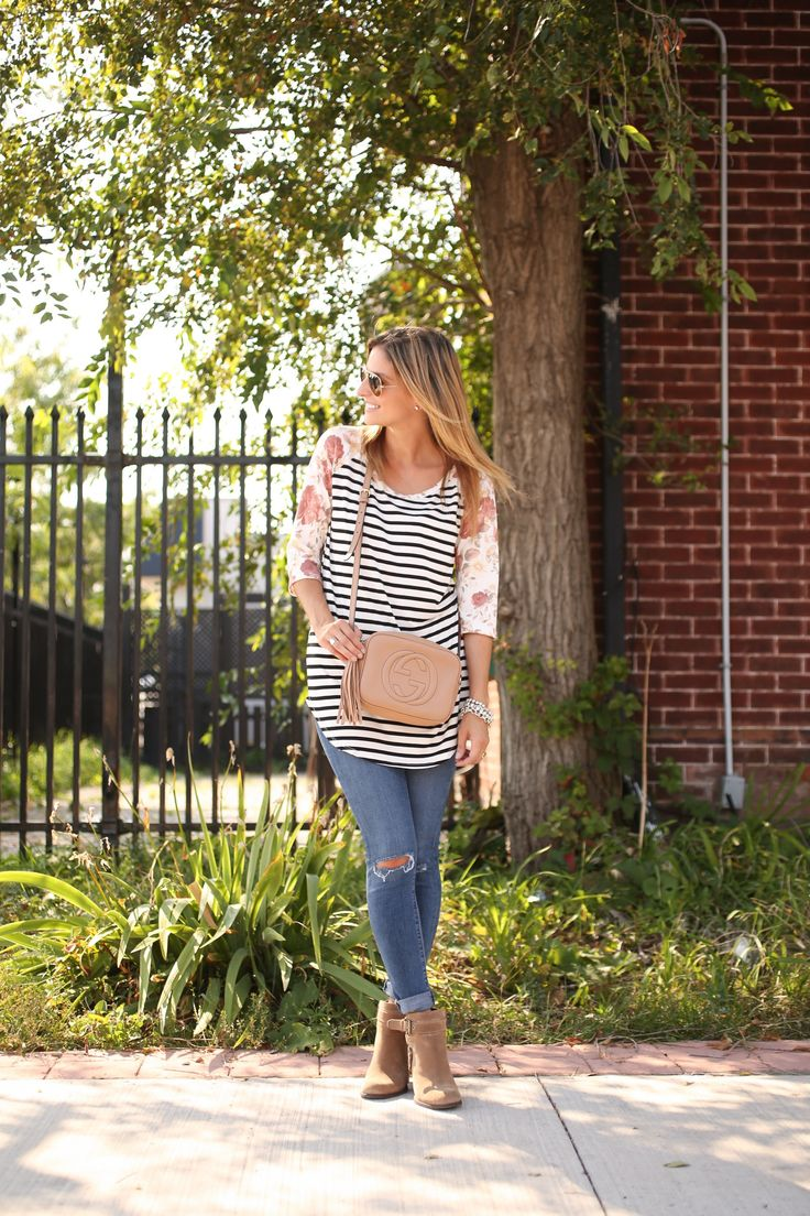 Easy weekend outfit with Stripes and Florals