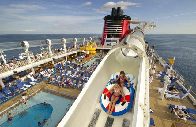 Looking for family getaway ideas for Spring Break 2016? Here are great options for a kid-friendly escape in March or April.: Warm Up with These Hot GetawaysSnag a Spring-Break DealFollow the Crowds to OrlandoSail Away on a Family CruiseFind All-Inclusive Fun in the SunSave Money by Flying into a Busy AirportWatch Baseball Spring TrainingHit the Beach in the USATake a Spectacular Spring DriveGo Maple Sugaring (and Skiing) in VermontTick Atlantis Resort Off Your Bucket ListHave an Egg-cellent…