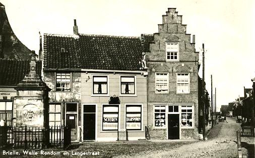 Brielle - Welle Rondom met zicht in de Langestraat