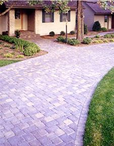 For more than 25 years, the Pacific Northwest's premier landscape professionals have used Willamette Graystone's high quality interlocking pavers to enhance thousands of homes and yards. In a multitude of shapes, colors and textures, each interlocking paver provides unmatched durability and color. With distinct edges, a slip resistant finish, and styles and colors to complement any home, our interlocking pavers are both harder and less porous than regular concrete, asphalt, or standard…