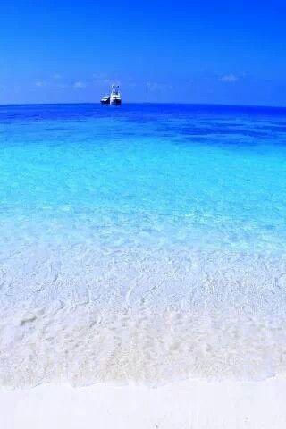 Pescoluse ( Puglia -Italia) Qui i servizi per le tue vacanze #nelSalento --> http://www.nelsalento.com/hotel/comune-1005-pescoluse.html Via Donatella Ponterio   www.apuliadestination.com