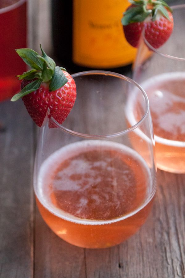 Strawberry Basil Sparkler from @Gaby DalkinGuide Cooking, Recipe Cooking, Basil Sparklers, Grilled Cheese, Gabi Saucedo, Guide Recipe, Amazing Cooking, Cooking Guide, Strawberries Basil