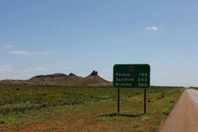 Heading north towards Pardoo Roadhouse