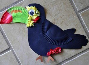 Dreaming of a jungle adventure? This Tropical Toucan Crafts is a great idea for jungle animal crafts for kids.