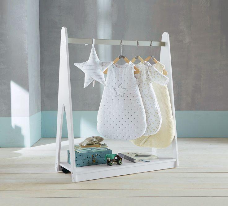 82 best Poussez-vous...j\'arrive ! images on Pinterest   Baby room ...