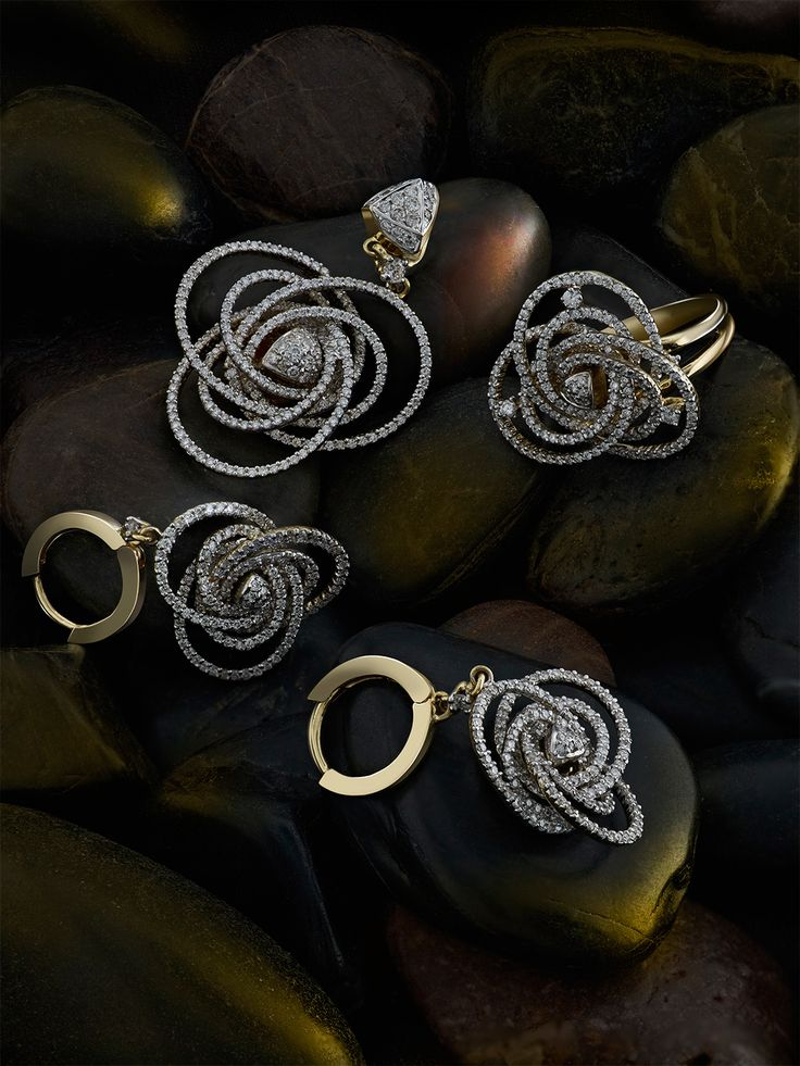 Tanishq Diamond Earrings Collection With Price