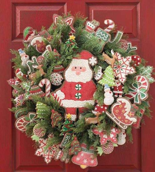 red and green decoration details