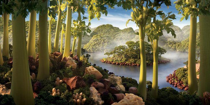 Вглядитесь в эти живописные пейзажи. А ведь это всего лишь еда, разложенная на столе. Фотограф Карл Уорнер создаёт настоящие картины из различных продуктов питания, а потом фотографирует их так, чтобымы увиделиотдельный мир с горами, реками и морями. Кто сможет разглядеть все ингредиенты?