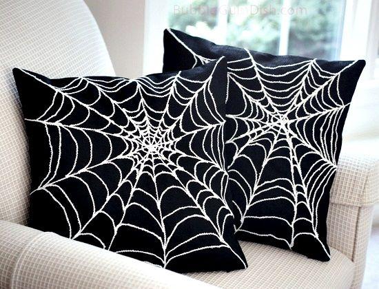Spider web pads / Goth decor