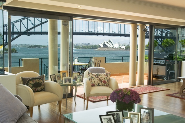 The Penthouse at 6 Henry Lawson Ave McMahons Point