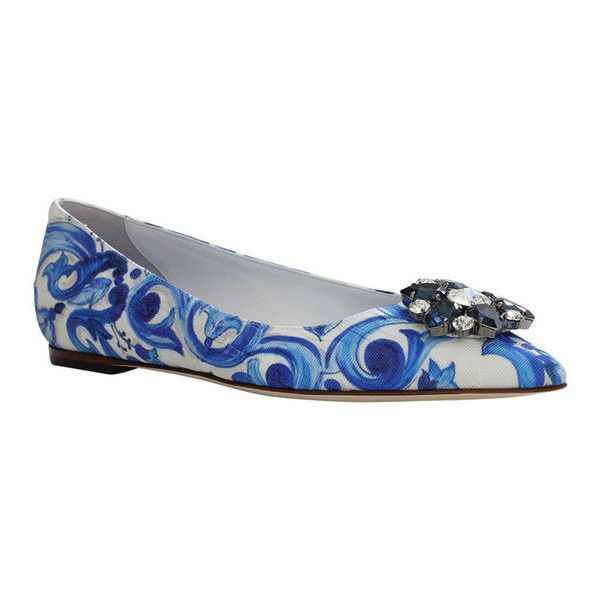 Dolce & Gabbana Printed Brocade Skimmer ($895) ❤ liked on Polyvore featuring shoes, flats, blue, floral shoes, pointed toe ballet flats, blue flats, blue shoes and pointed toe flats