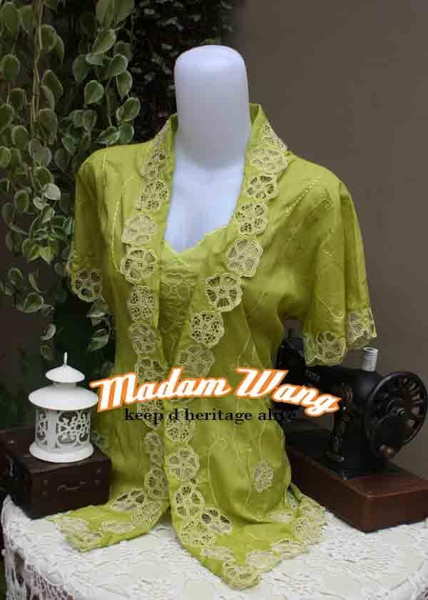 green kebaya encim, indonesian kebaya