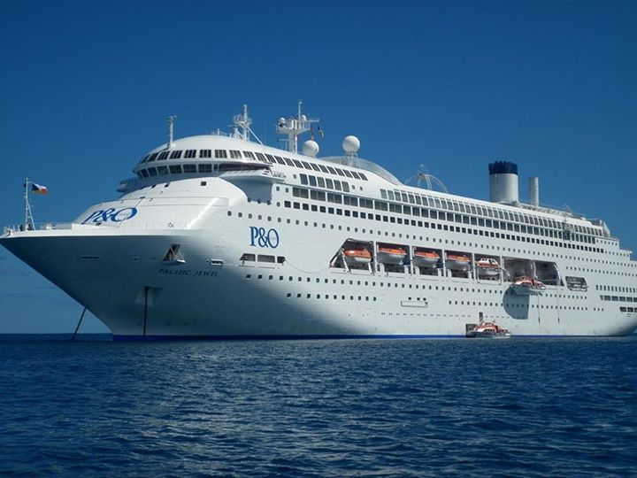 Cruise ship - Pacific jewel