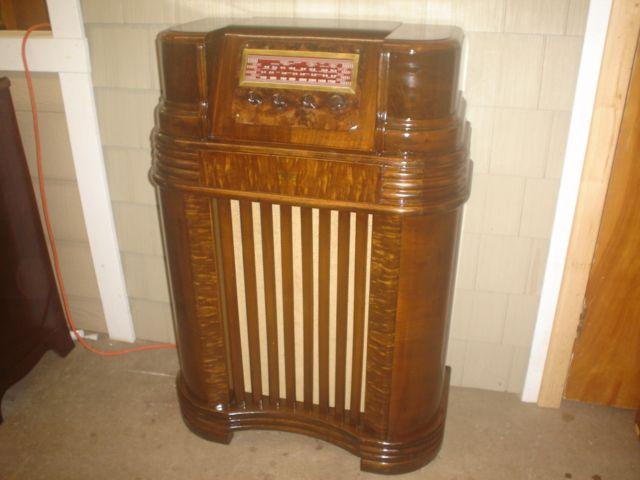 Vintage Radio Restorations 26