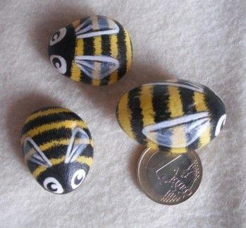 SALE Bee Cute Handpainted Magnet rock painting by thestoneteller