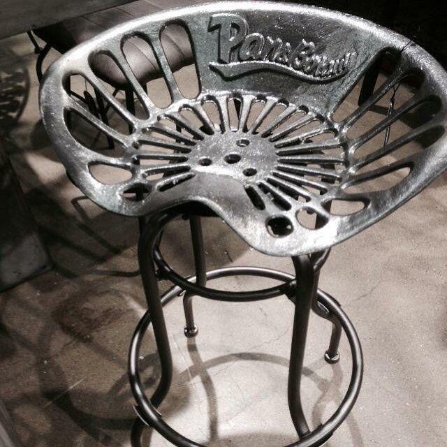 Har du köksö eller bar hemma? Inga barstolar ännu eller det är dags att byta ut de befintliga? Kolla då in våra snygga Bianco sadelstolar  Unika hög kvalitet och otroligt vackra att titta på. Se stolarna här http://ift.tt/1Qv41Dh  #inredahemma #heminredning #inredning #inreda #barstol #sadelstol #köksö #bar #stol #pall #chair #barstool #kitchen #homedecor #homefashion #homedesign #interior #interiör #interiordesign #interiorinspiration #furniture #furnituredesign #design #bianco (Foto…