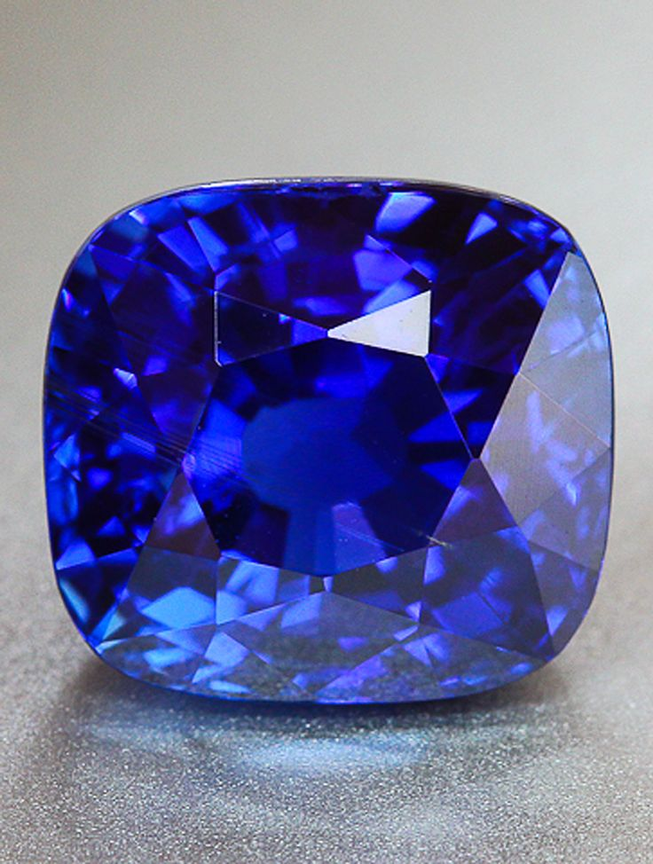 Blue Is Blue Fine Royal Blue Sapphire From Burma 6 0 Ct