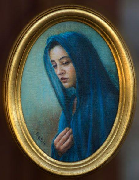 Madonna (2014) - Oil on oval canvas, 13x18 cm.