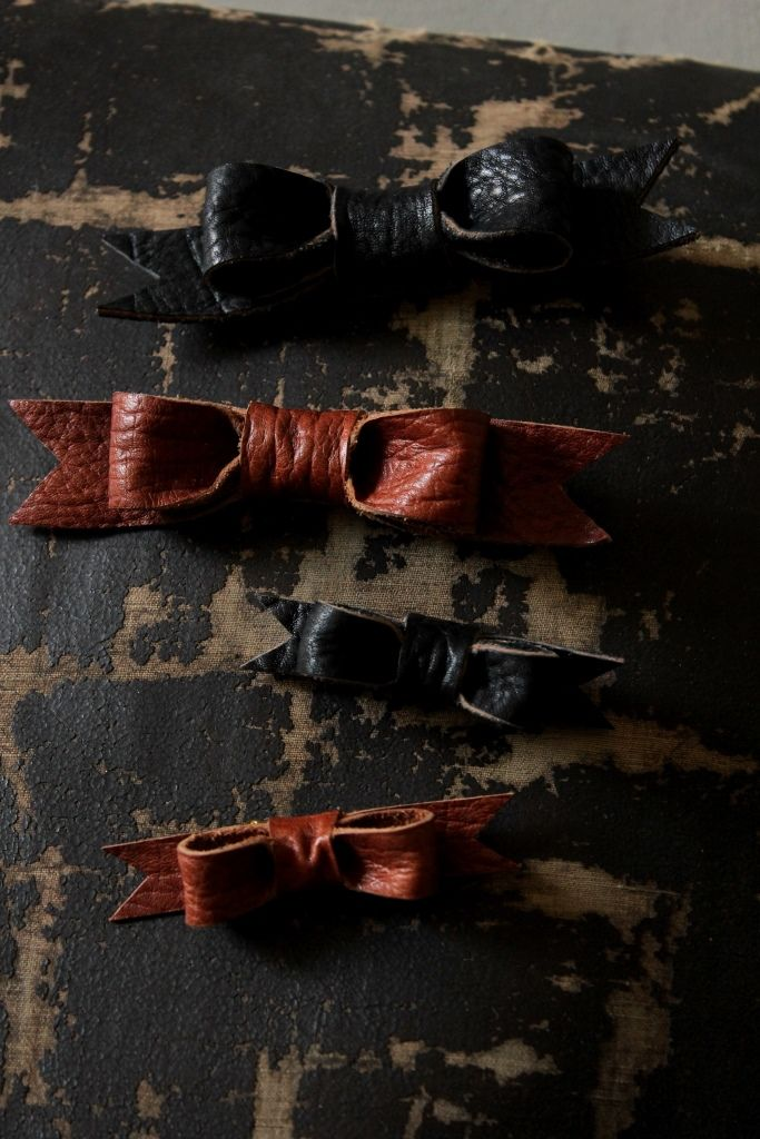 Leather Ribbon Brooch - IRRE