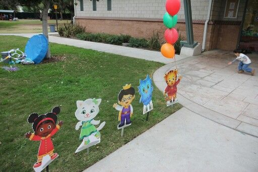 Daniel Tiger cut outs. Daniel Tiger theme cutouts.