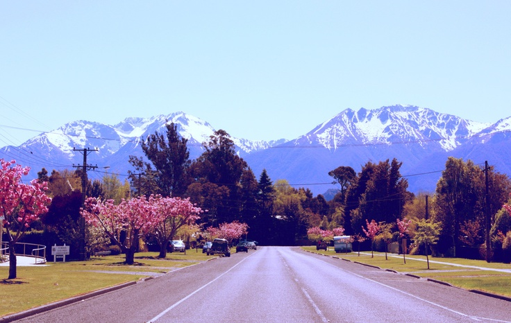 """Where we are spending our """"gap"""" year -  Te Anau, New Zealand http://www.kirstyhdunn.com/blog/home-for-now"""