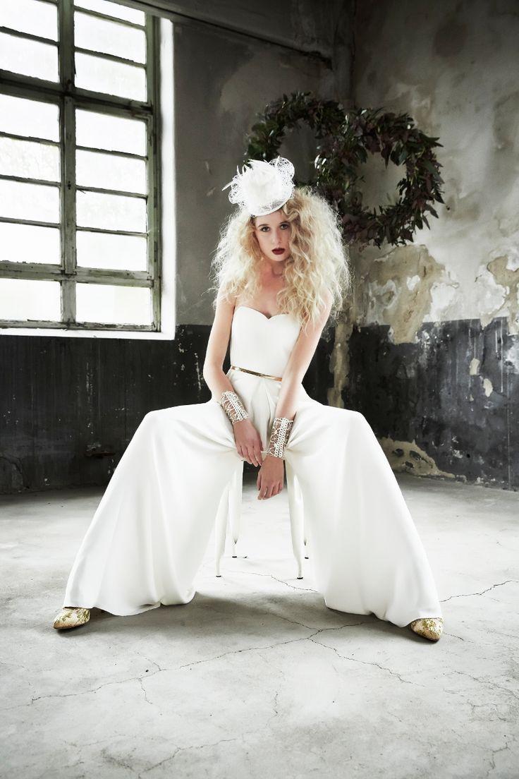 Modern Bride - pure coolness  Thanks to the Team! Foto: Uta Konopka photographie, Assistent: Peter Joester, Jewels/Hat: Sky is no limiT,  Pans: Kisui Berlin, H&M Nicole Biesenbach, Floristik: Blumenmädchen Köln, Dresses: Festtruhe Köln, Model: Jessica B. Styling: Sky Lange-Ford #skyisnolimitdesign #brautmode #2017 #wedding #bride