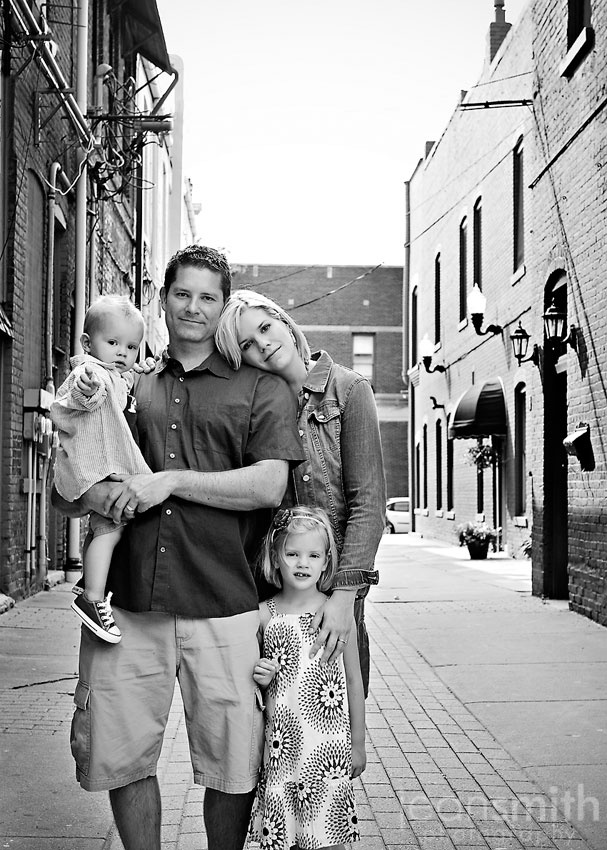 family of 4 pose. love how her head on his shoulder makes the whole thing feel more intimate.
