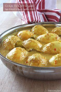 Gulai Telur Padang – Eggs Braised in Spicy Coconut Broth