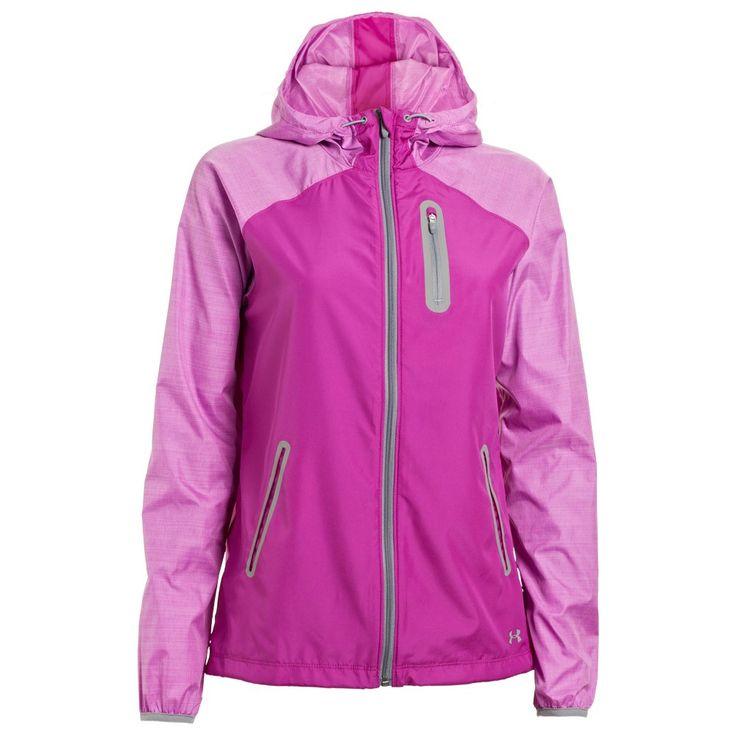 Under Armour Qualifier Woven Jacket, €79.95. In meerdere kleuren leverbaar. http://www.sportvrouw.com/hardlopen/jack/under-armout-qualifier-woven-jacket-884.html