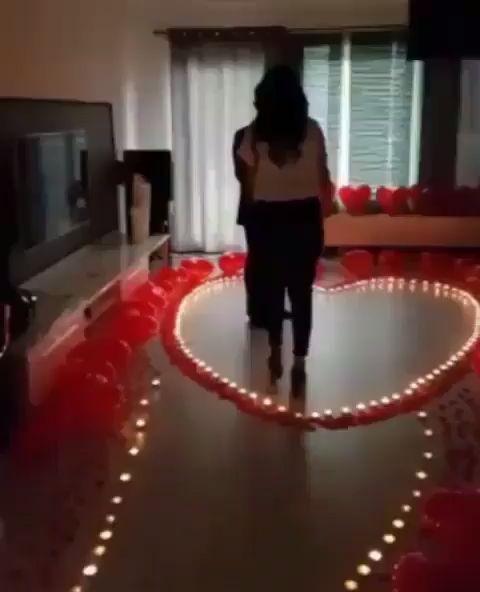Romantic Kiss Video, Romantic Proposal, Romantic Couples, Cute Couples, Wedding Proposal Videos, Wedding Dance Video, Wedding Proposals, Romantic Poems For Boyfriend, Best Kiss Video