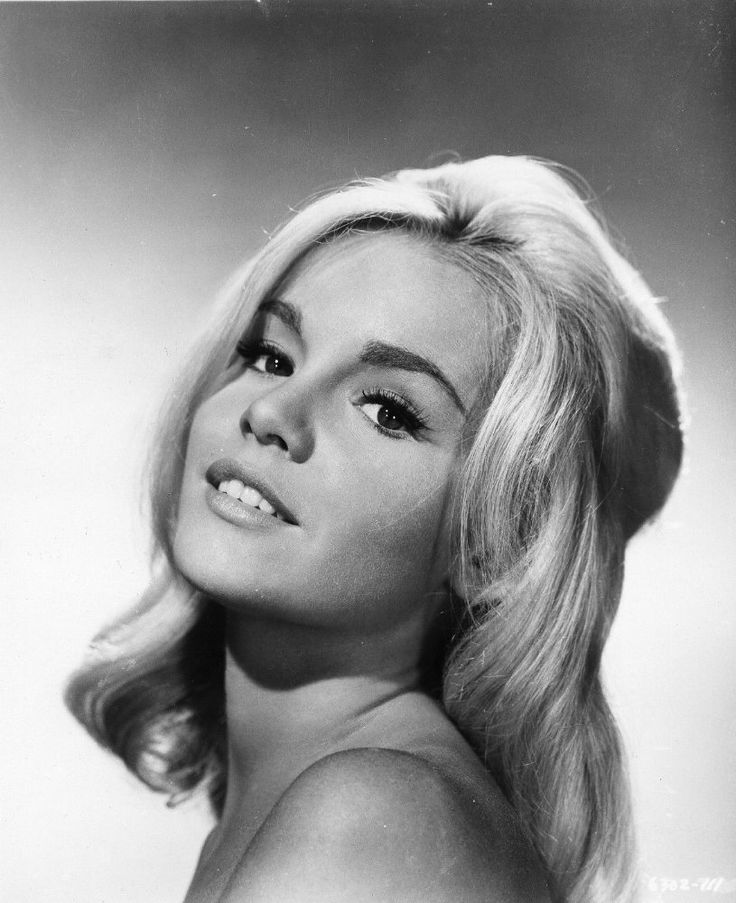 Tuesday Weld in Soldier in the Rain (1963)