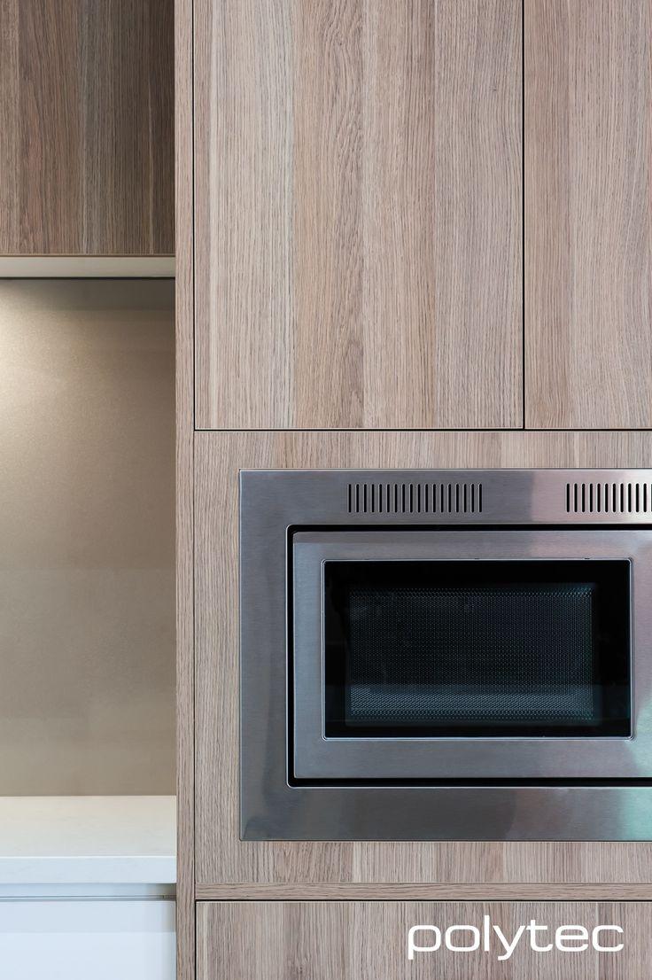 Thermolaminated 18mm Dorrigo doors  in Classic White Gloss CREATEC drawers  in New Ultra White Gloss