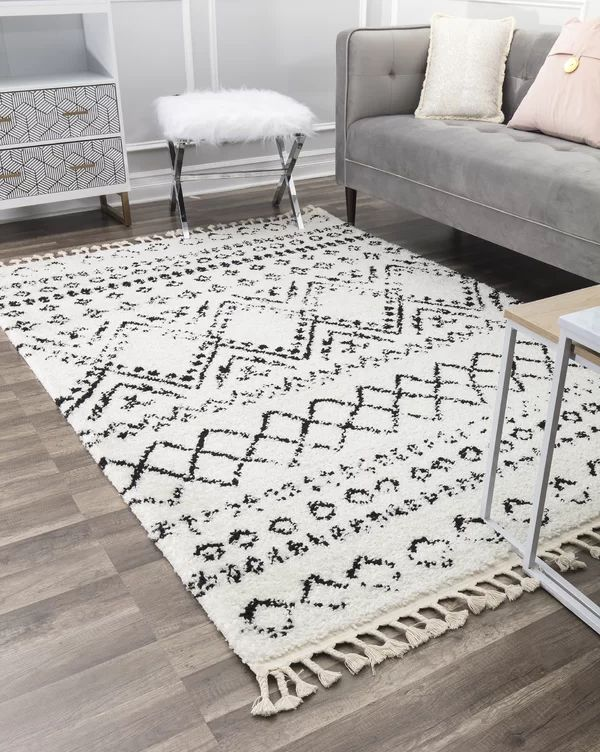 Reena Power Loom White Black Rug In 2021 White Rug Bedroom White Rug Rugs In Living Room