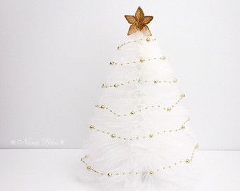 The 25+ best Tulle christmas trees ideas on Pinterest | Tabletop ...