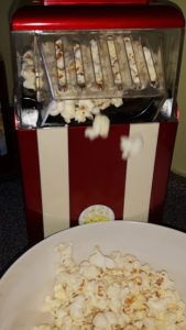 Popcorn? A healthy snack? Oh YES!!