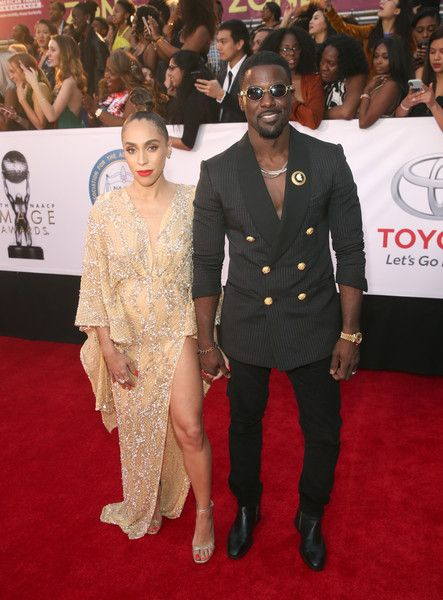 Rebecca Jefferson Photos - Rebecca Jefferson (L) and Lance Gross attend the 49th NAACP Image Awards at Pasadena Civic Auditorium on January 15, 2018 in Pasadena, California. - 49th NAACP Image Awards - Red Carpet