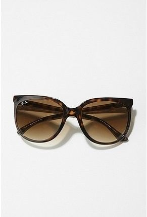 Jackie O Ray Bans.