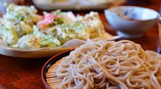 Makanan Jepang vs Korea, Kamu Lebih Suka yang Mana? - http://wp.me/p70qx9-5Pw