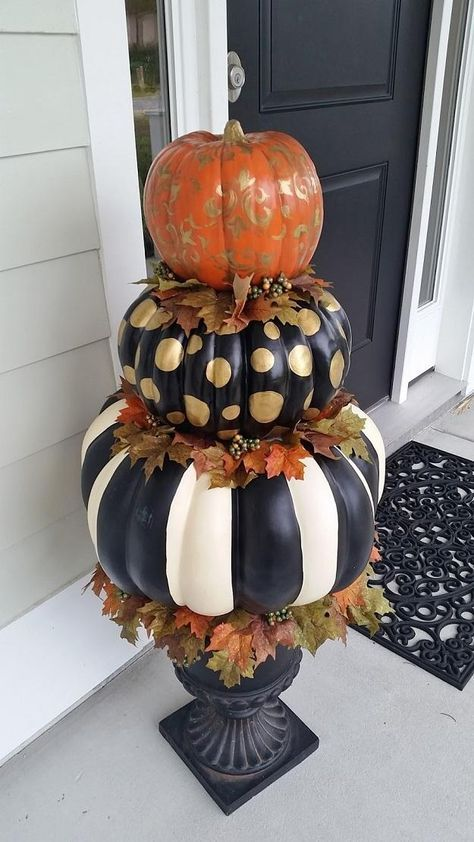 painted pumpkin topiary | Breathtaking Painted Pumpkins You Can DIY This Halloween