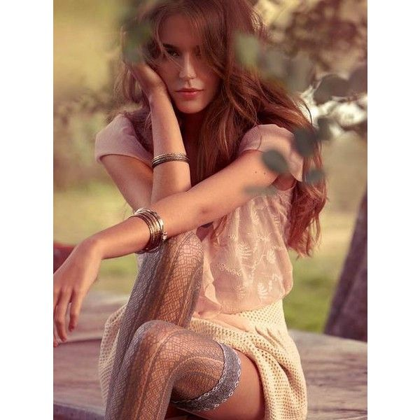 Foto 'Clara Alonso per Calzedonia (2 ❤ liked on Polyvore featuring models, clara alonso, people, backgrounds and pictures