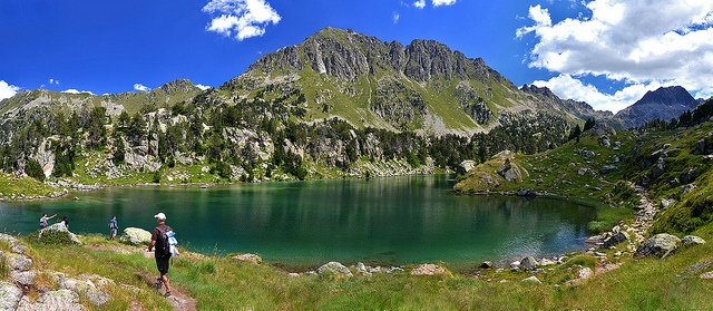 Lagos colomers - Valle de Aran by Diario de un Mentiroso, via Flickr