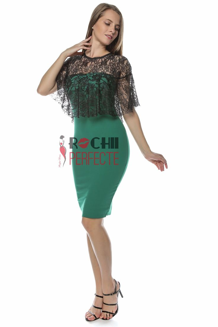 Beautiful midi green dress with lace shoulders