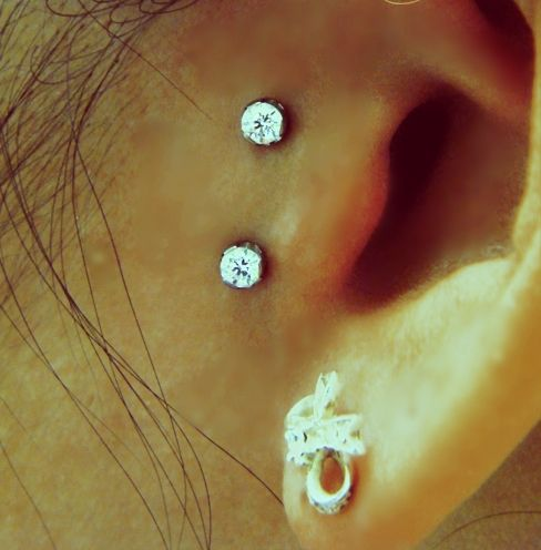I absolutely love this #surfacetragus #piercing !!