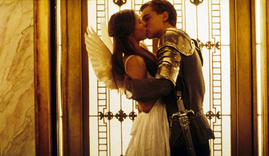 iconic movie kisses | What a beautiful kiss between Claire Danes and Leonardo DiCaprio in ...