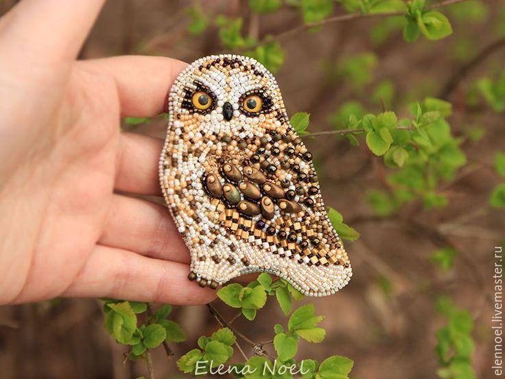 Купить Маленькая совушка брошь вышитая бисером - коричневый, совы, брошь сова, сова украшение