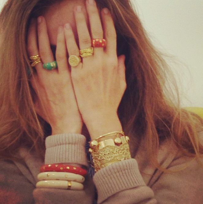 Mia Ring Aur mFrnT4UbK