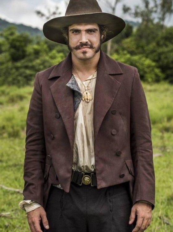 Caio Castro interpreta Dom Pedro na novela 'Novo mundo', que estreia na Globo no dia 22 de março (Foto: Divulgação/ Rede Globo)