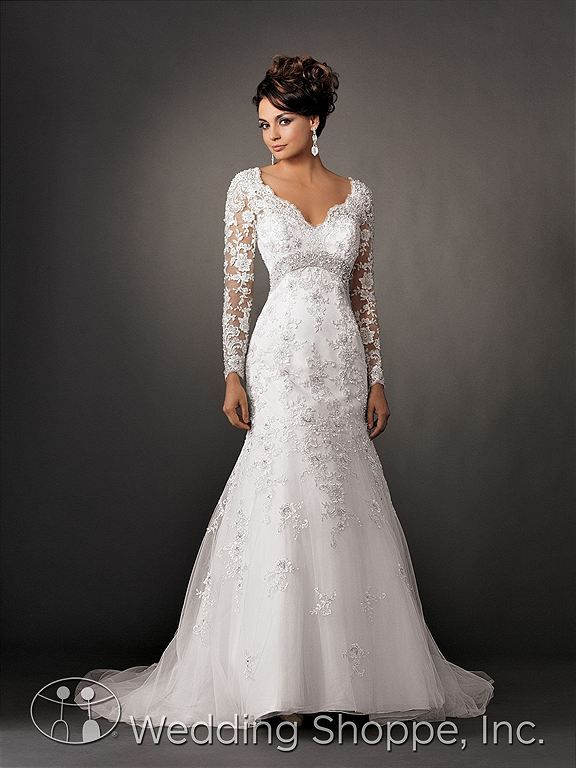 GORGEOUS. Long sleeve lace wedding gown